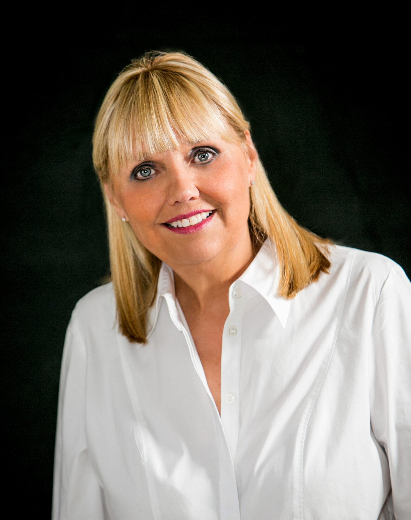 Cindy Eckols - Team Leader